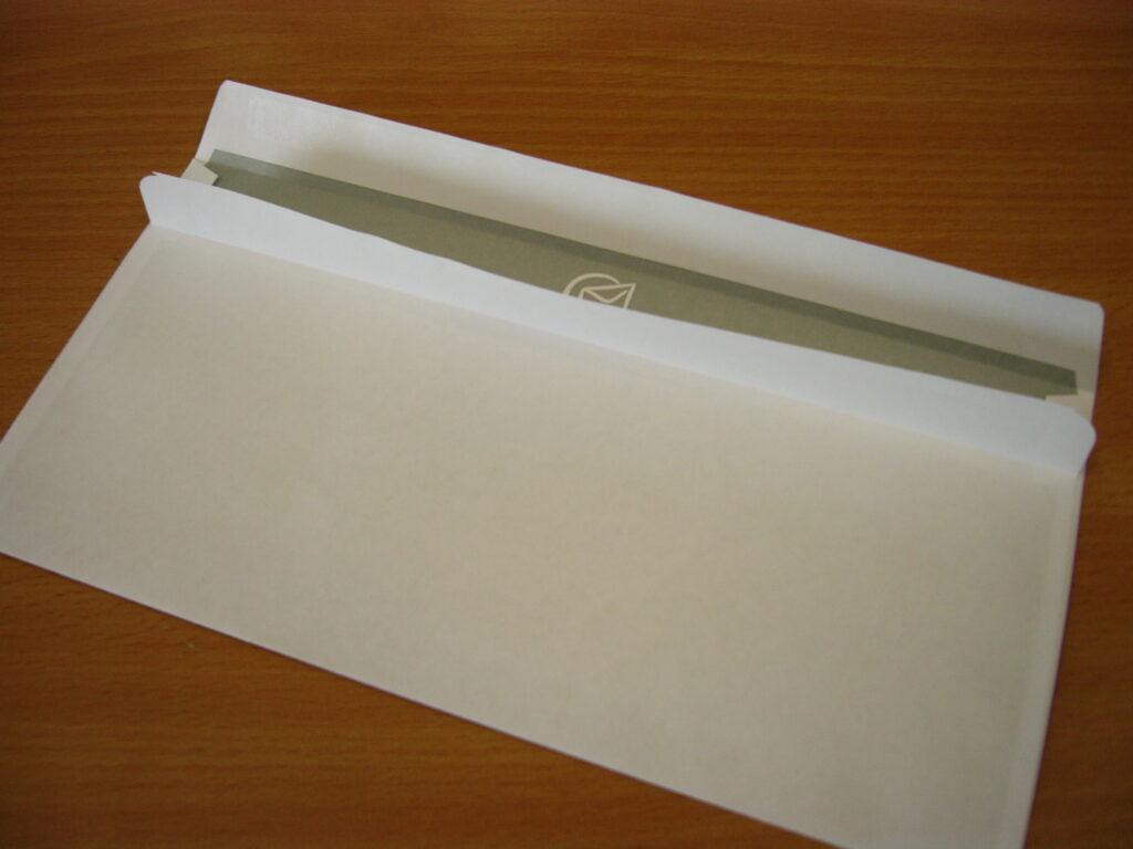 selbstklebender Umschlag DIN Lang